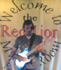Andy Locke at The Red Lion, Isleworh